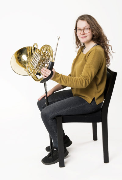 ERGObrass horn with the extension set sitting